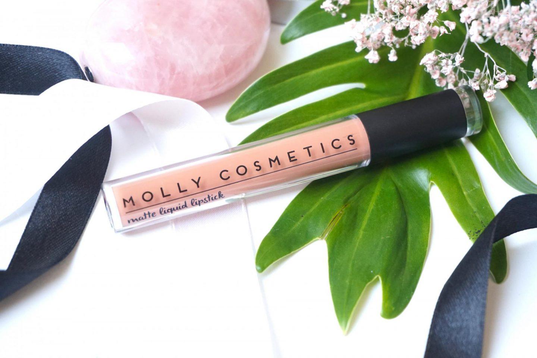 Molly Cosmetics, Matte Liquid Lipstick in Addictive