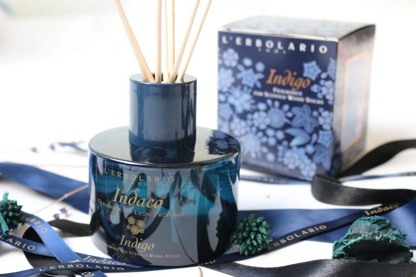 L'Erbolario and their dreamy Indigo Scented Wood Sticks
