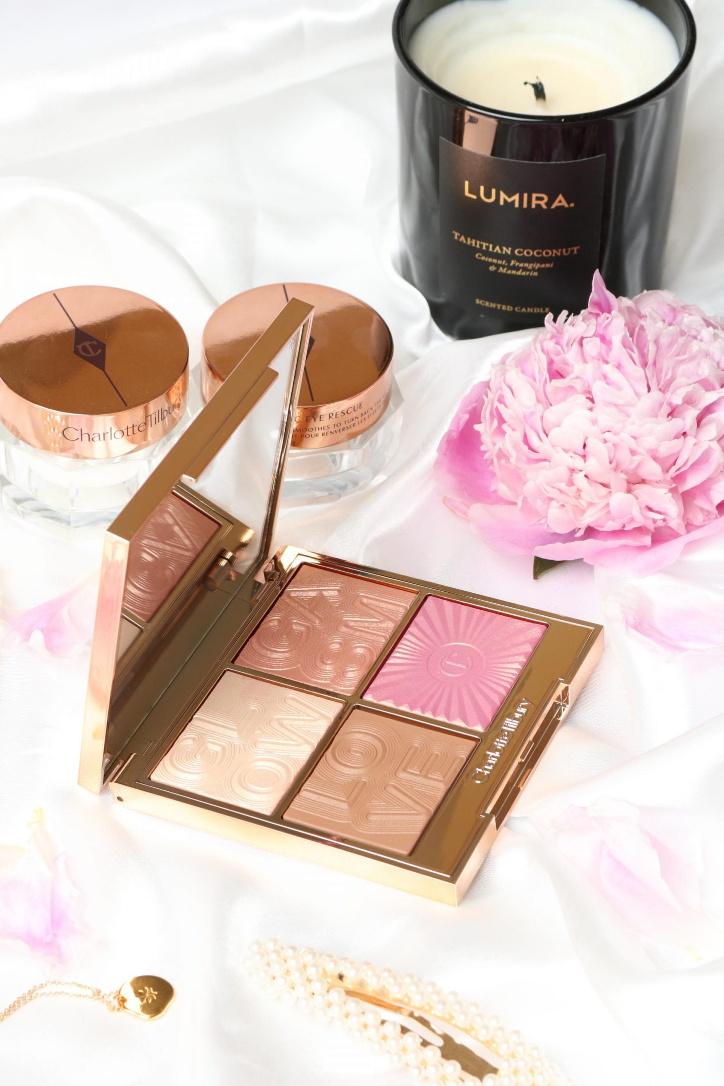 palette presented with powders shown