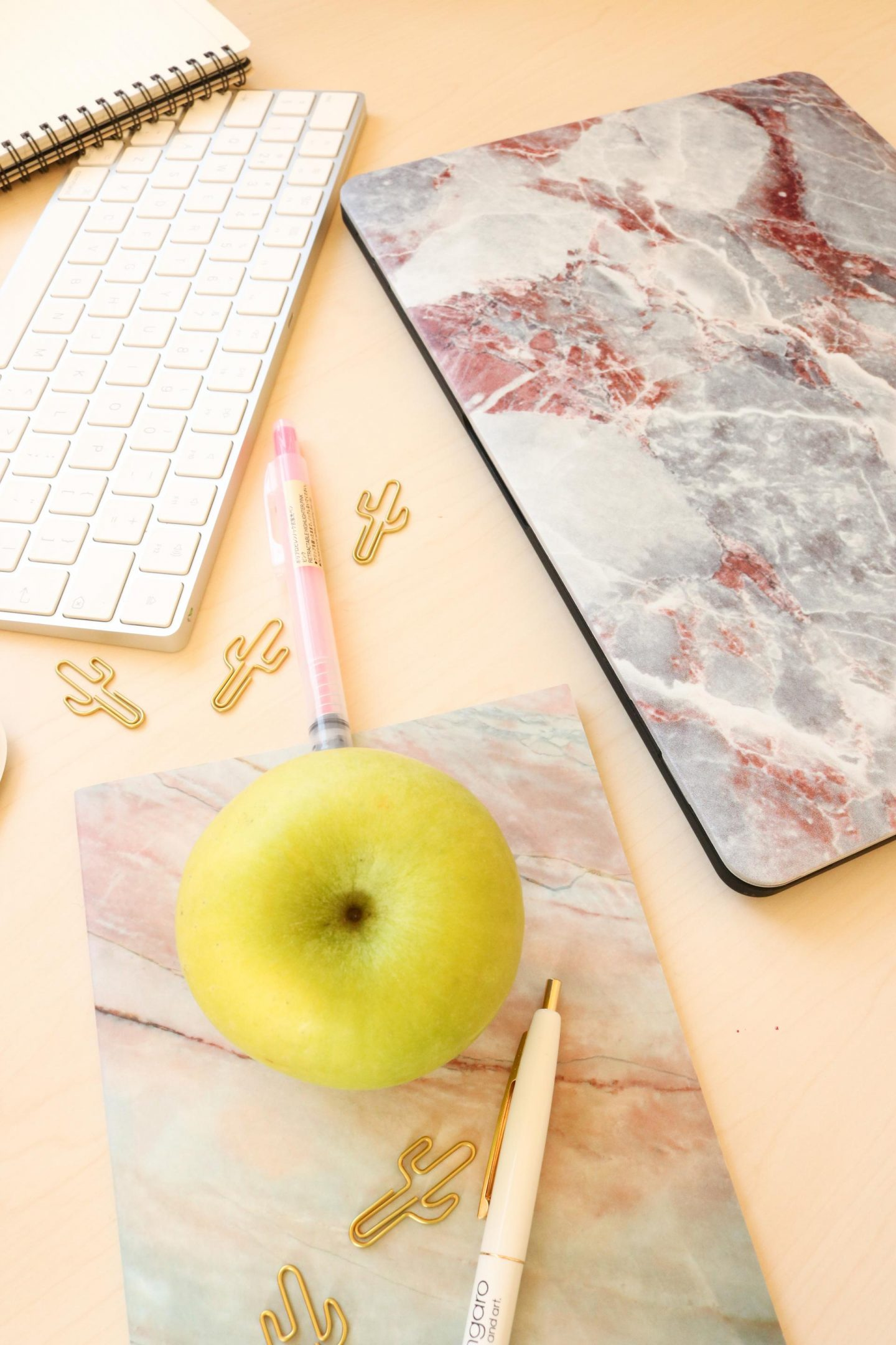 mobigear hoesjesdirect marble macbook